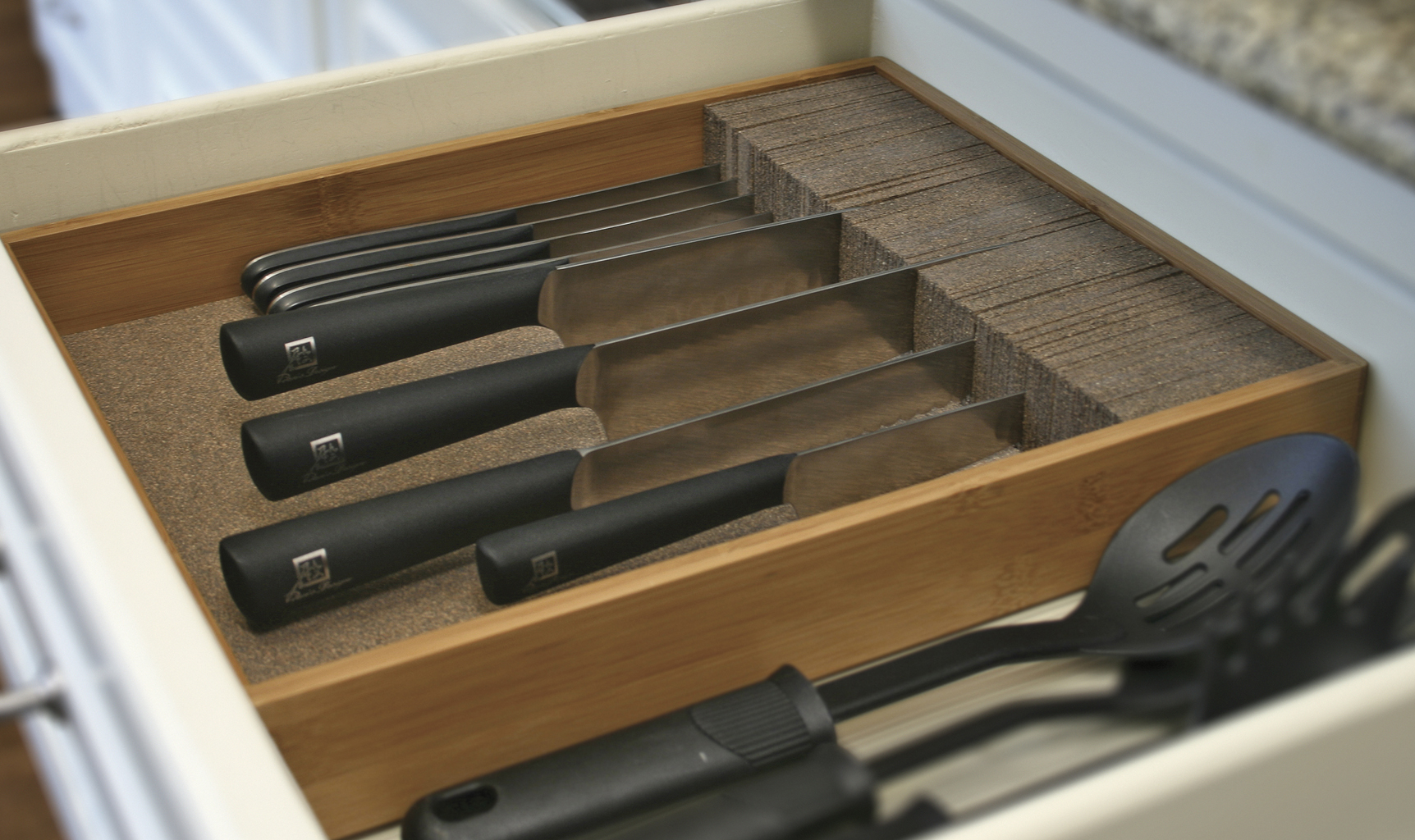 Deluxe Knife Dock